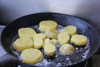 香煎土豆的做法步骤:8