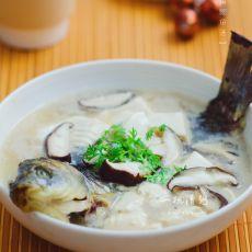 香菇豆腐鲫鱼汤的做法