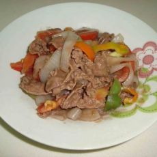 杂蔬炒牛肉的做法