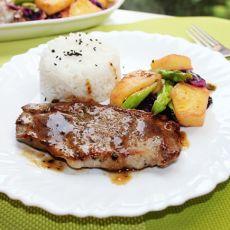 菠萝猪扒配米饭
