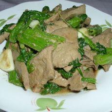 菠菜炒猪肝