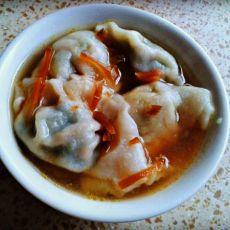 胡萝卜菠菜肉馅水饺的做法