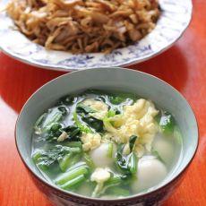 鹌鹑蛋菠菜汤