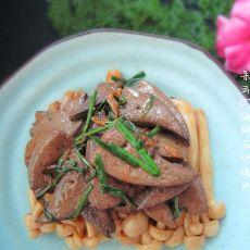 海鲜菇炒猪肝的做法