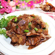 五香排骨焖扁豆干的做法