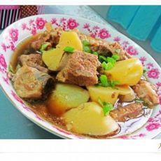土豆排骨汤的做法