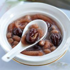 红枣花生猪皮汤