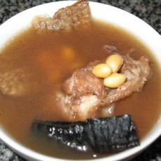 灵芝黄豆骨汤的做法