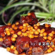 黄豆卤猪蹄的做法