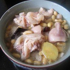 黄豆炖猪爪的做法