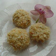 鸡肉鲜疏米饭团的做法