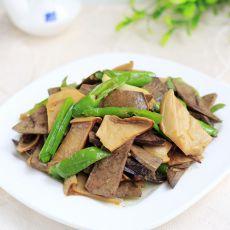 杏鲍菇炒猪肝的做法