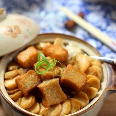 茭白鱼豆腐煲的做法
