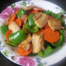 胡萝卜青椒炒肉片的做法
