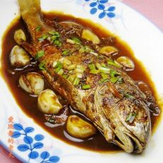 蒜子烧黄鱼