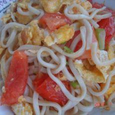 鸡蛋西红柿炒面的做法