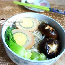 香菇青菜面的做法