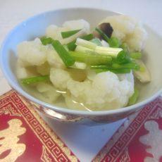 花菜杏鲍菇汤的做法