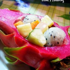 火龙果蔬果沙拉