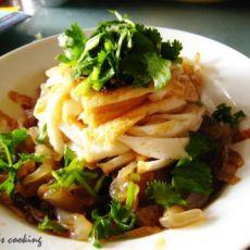 鱼豆腐拌海蜇