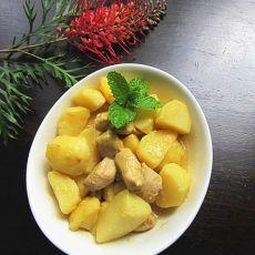 绿咖喱鸡肉土豆的做法