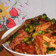 臭豆腐烩毛豆的做法