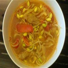 西红柿豆芽汤的做法