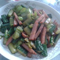 青椒黄瓜炒火腿的做法