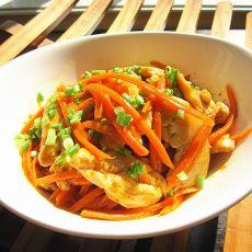 咖喱鸡肉红萝卜丝的做法