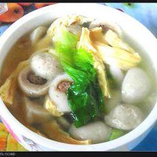 丸子腐竹汤的做法