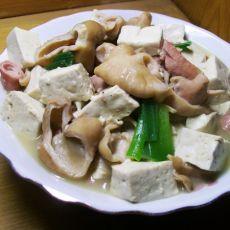猪肠炖豆腐的做法