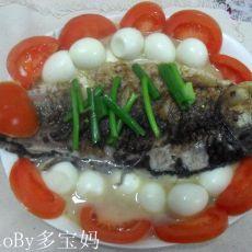 鹌鹑蛋炖鲫鱼汤的做法