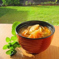 酸辣酱料大白菜汤的做法