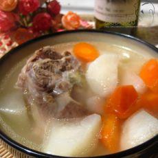 筒骨萝卜汤的做法