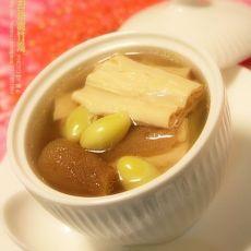竹荪白果腐竹汤的做法