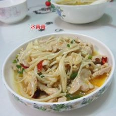金针菇炒肉片的做法