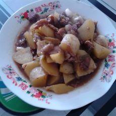 土豆炖牛肉的做法