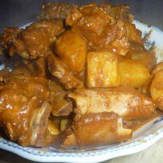 咖喱土豆烧排骨的做法