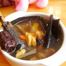 乌鸡煲灵芝汤
