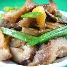 姜葱爆炒海参